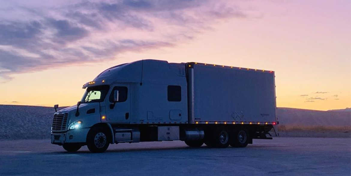 The Trucking Couple on Team Driving and How the Trucker Tools Driver App Simplifies Their Life on the Road
